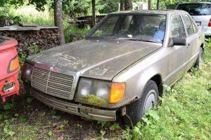 Дизельный Mercedes-Benz W124 завелся после 16 лет стоянки
