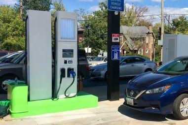 Количество зарядных станций для электромобилей в мире перевалило за миллион
