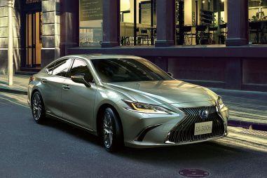 Lexus ES300h получил новую литий-ионную батарею