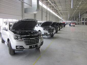 Предприятие было рассчитано на выпуск 100 тысяч машин в год.