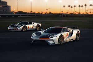 Ford представил спецверсию суперкара GT в честь победы над Феррари