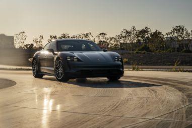 Porsche Taycan обновили: улучшенная динамика и платная подписка
