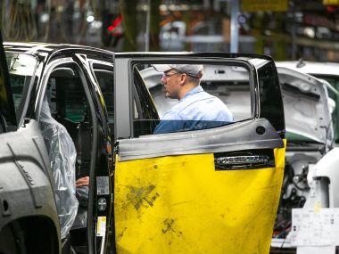 Проблемы с кадрами вынудили General Motors отправить на завод офисных работников