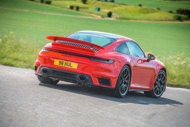 Раньше «Турбы» были лучше. Тест Porsche 911 Turbo S