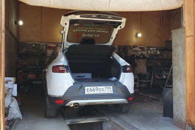 Блог Рено Арканы: наш кроссовер чуть не остался без тормозов, а еще его помяли