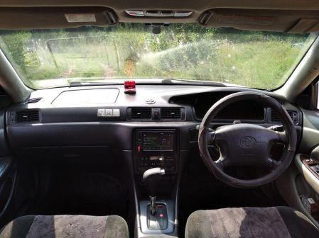 Toyota Mark II Wagon Qualis 2001 - отзыв владельца