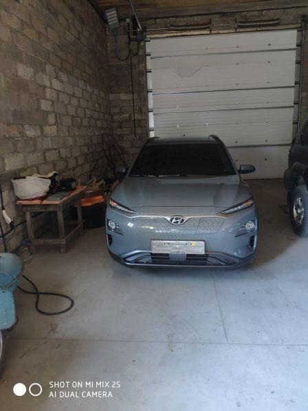 Hyundai Kona Electric 2018 - отзыв владельца