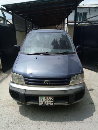 Toyota Town Ace Noah, 1996