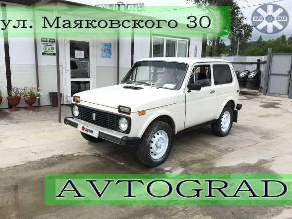 Лада 4x4 2121 Нива, 1985 год, 115 000 руб.