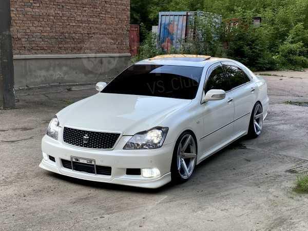 Toyota Crown, 2004 год, 900 000 руб.
