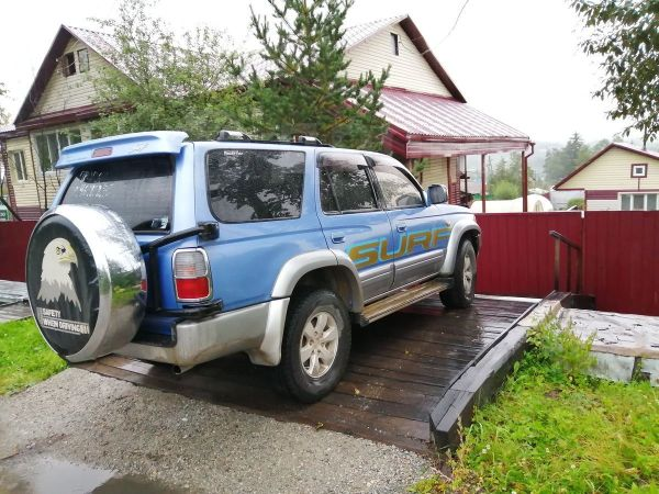 Toyota Hilux Surf, 1998 год, 450 000 руб.