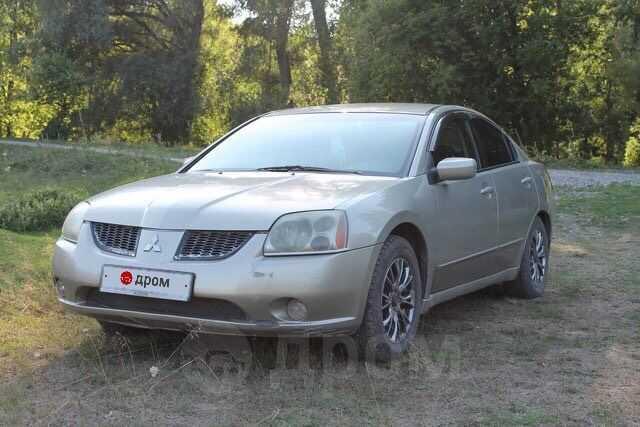 Mitsubishi Galant, 2003 год, 275 000 руб.