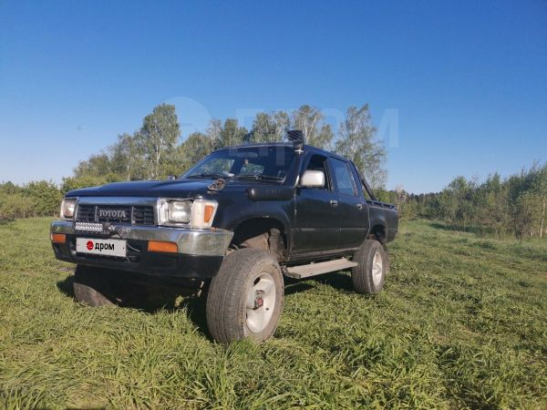 Toyota Hilux Pick Up, 1991 год, 390 000 руб.