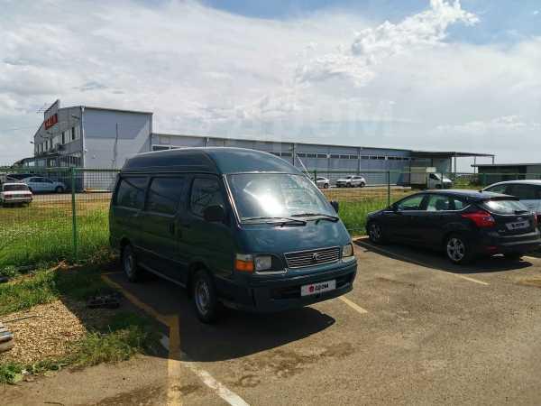 Toyota Hiace, 2001 год, 289 000 руб.