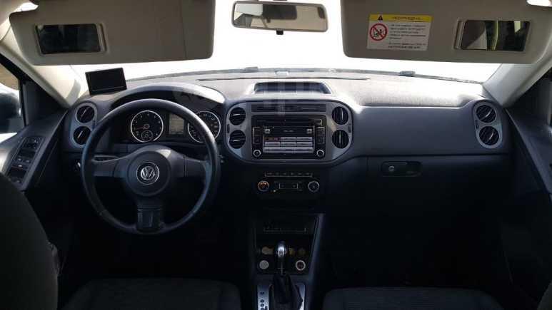 Volkswagen Tiguan, 2013 год, 850 000 руб.