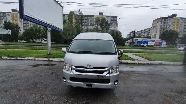 Toyota Hiace, 2015 год, 1 850 000 руб.