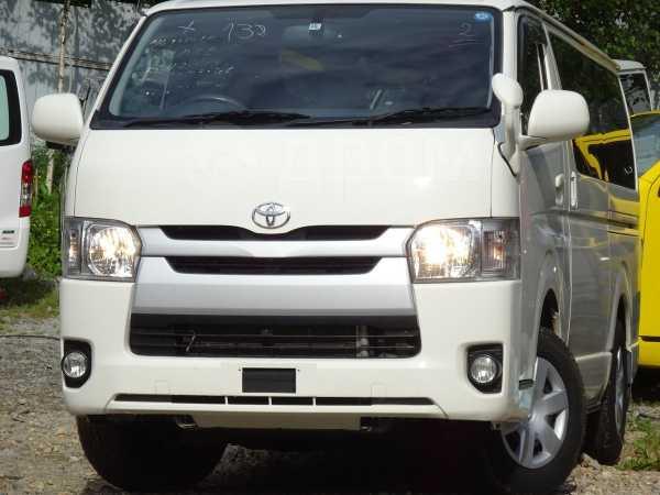Toyota Hiace, 2014 год, 1 615 000 руб.