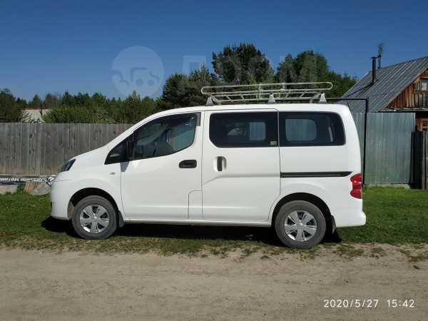 Nissan NV200, 2011 год, 650 000 руб.