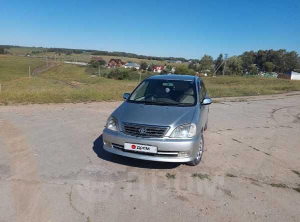 Toyota Nadia, 2001 год, 390 000 руб.