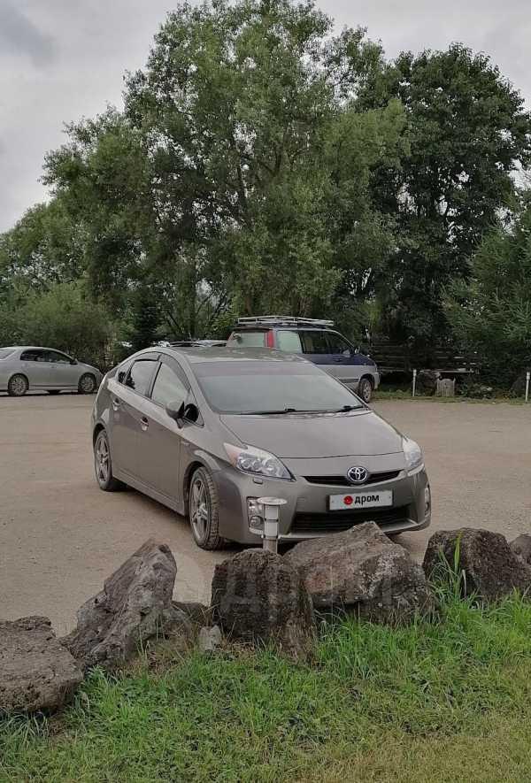 Toyota Prius, 2011 год, 680 000 руб.