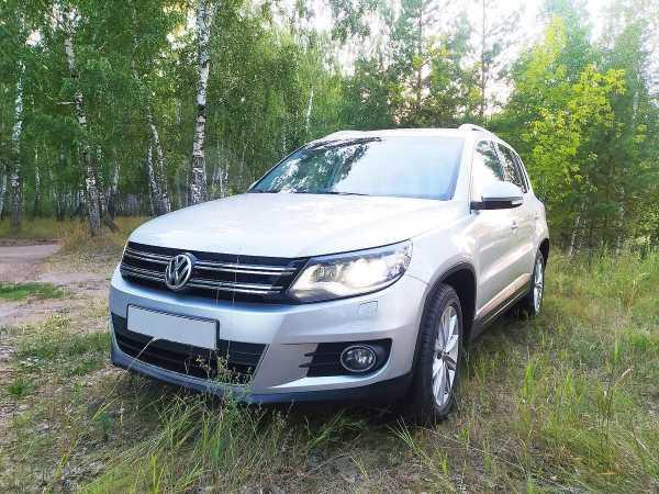 Volkswagen Tiguan, 2012 год, 809 000 руб.