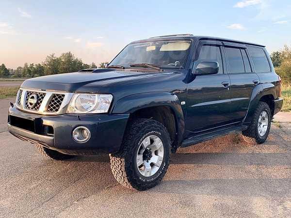 Nissan Patrol, 2004 год, 800 000 руб.