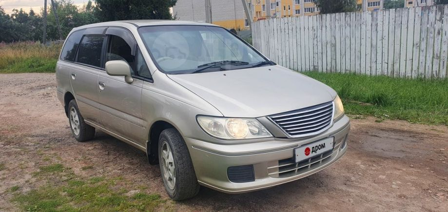 Nissan Presage, 2002 год, 299 000 руб.