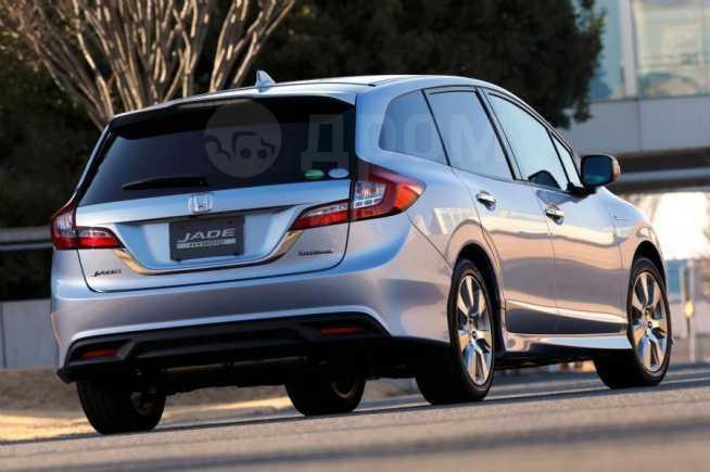 Honda Jade, 2015 год, 950 000 руб.