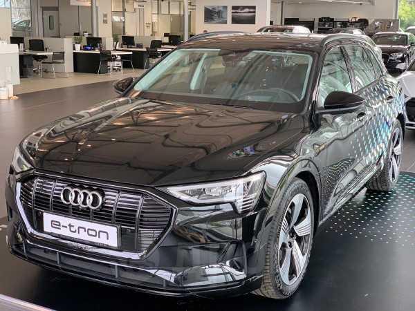 Audi e-tron, 2020 год, 7 603 000 руб.