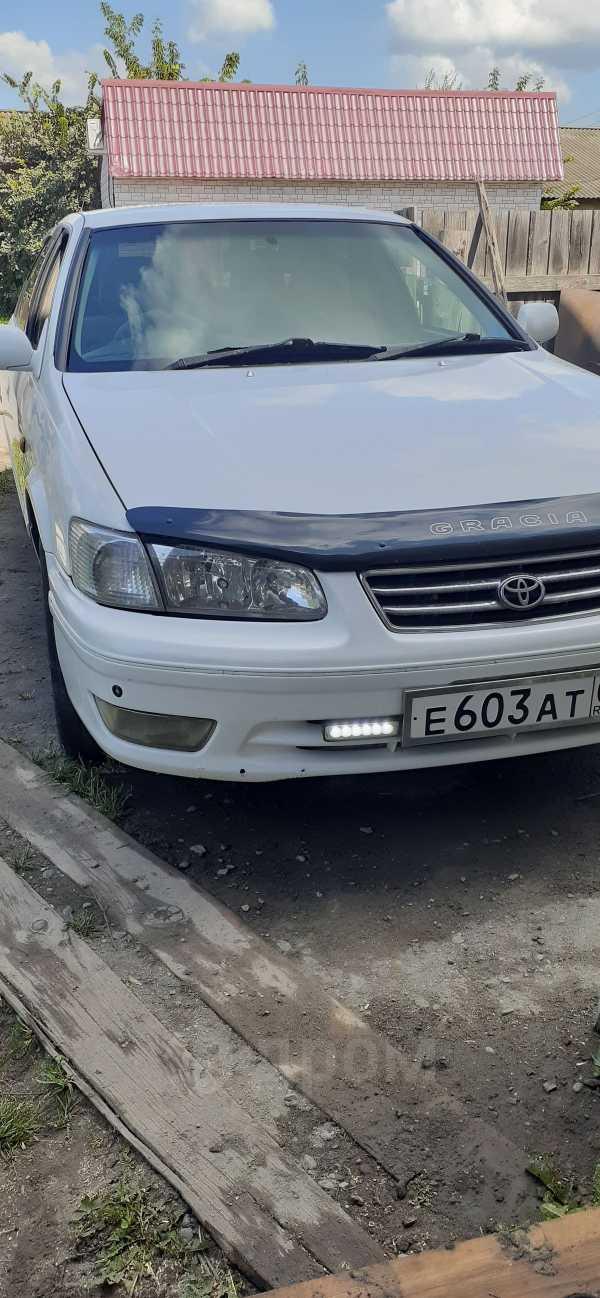 Toyota Camry Gracia, 2000 год, 240 000 руб.