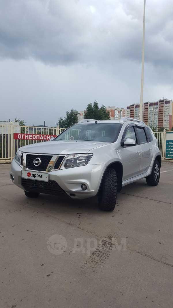 Nissan Terrano, 2016 год, 890 000 руб.
