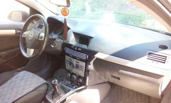 Opel Astra GTC, 2007 год, 245 000 руб.