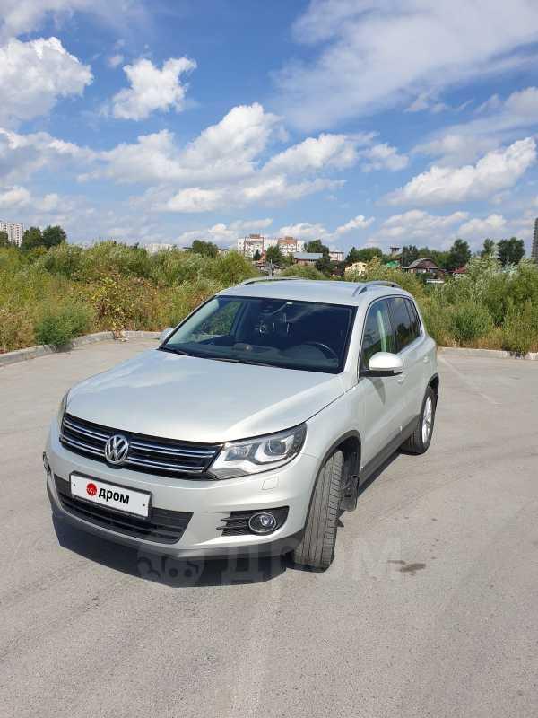 Volkswagen Tiguan, 2014 год, 925 000 руб.