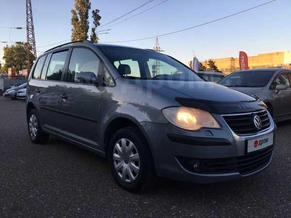 Volkswagen Touran, 2008 год, 415 000 руб.