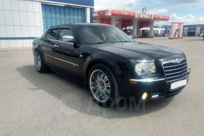 Chrysler 300C, 2008 год, 670 000 руб.