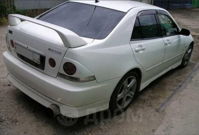 Toyota Altezza, 1998 год, 540 000 руб.