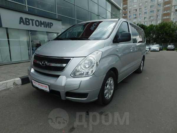 Hyundai Grand Starex, 2010 год, 830 000 руб.