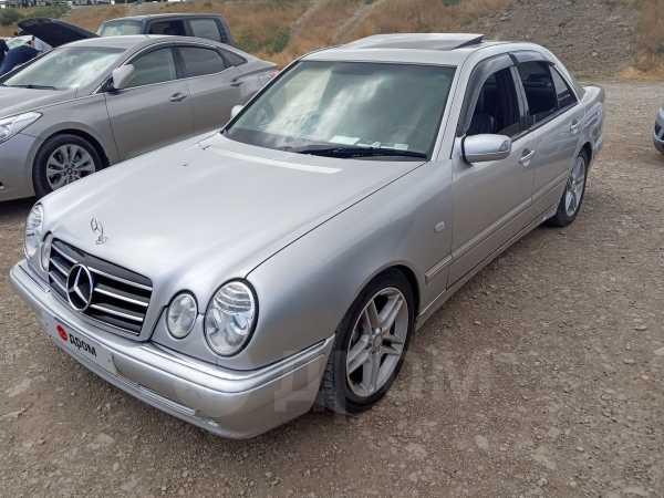 Mercedes-Benz E-Class, 1998 год, 340 000 руб.