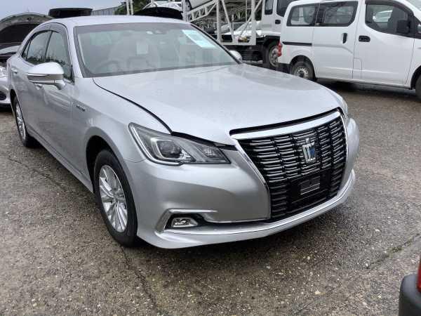 Toyota Crown, 2017 год, 1 990 000 руб.