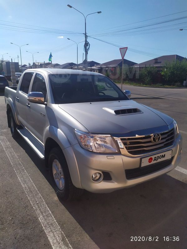 Toyota Hilux Pick Up, 2013 год, 1 170 000 руб.