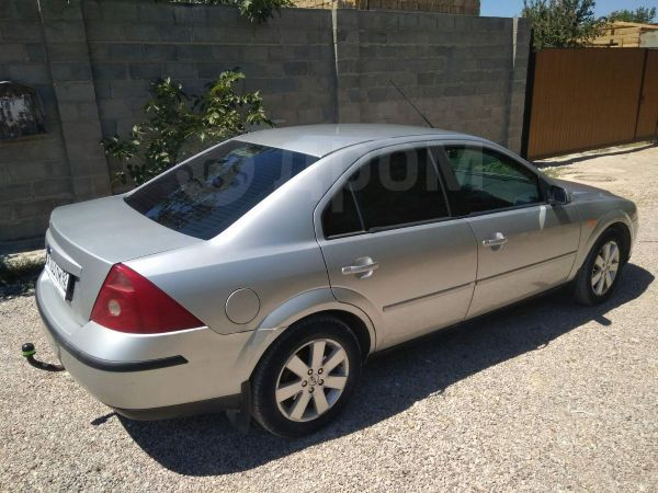 Ford Mondeo, 2003 год, 225 000 руб.