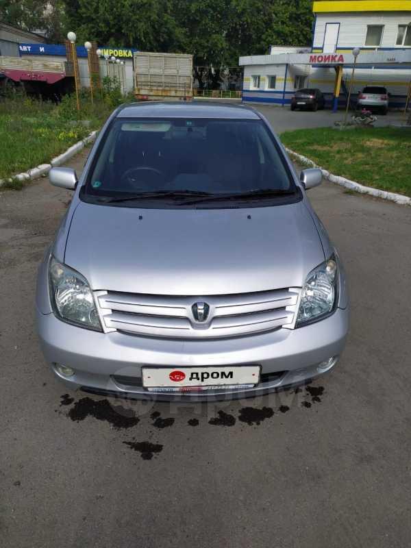 Toyota ist, 2002 год, 299 000 руб.