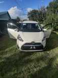Toyota Sienta, 2015 год, 955 000 руб.