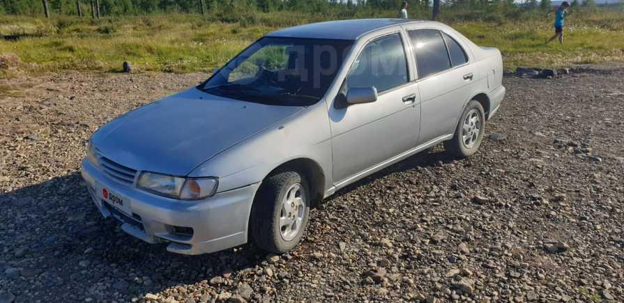 Nissan Pulsar, 1995 год, 90 000 руб.