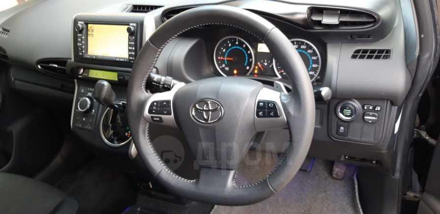 Toyota Wish, 2009 год, 795 000 руб.