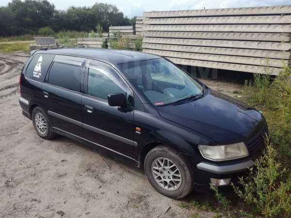 Mitsubishi Chariot Grandis, 1998 год, 170 000 руб.