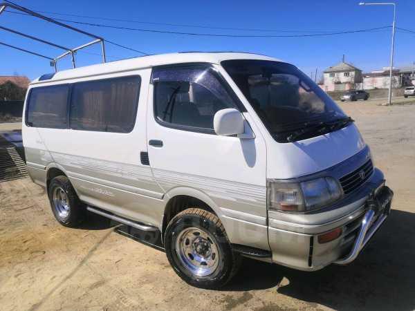 Toyota Hiace, 1995 год, 450 000 руб.