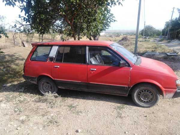 Mitsubishi Space Wagon, 1989 год, 70 000 руб.