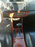 Toyota Camry, 2003 год, 490 000 руб.