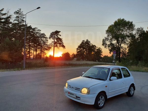 Nissan March, 2001 год, 129 000 руб.